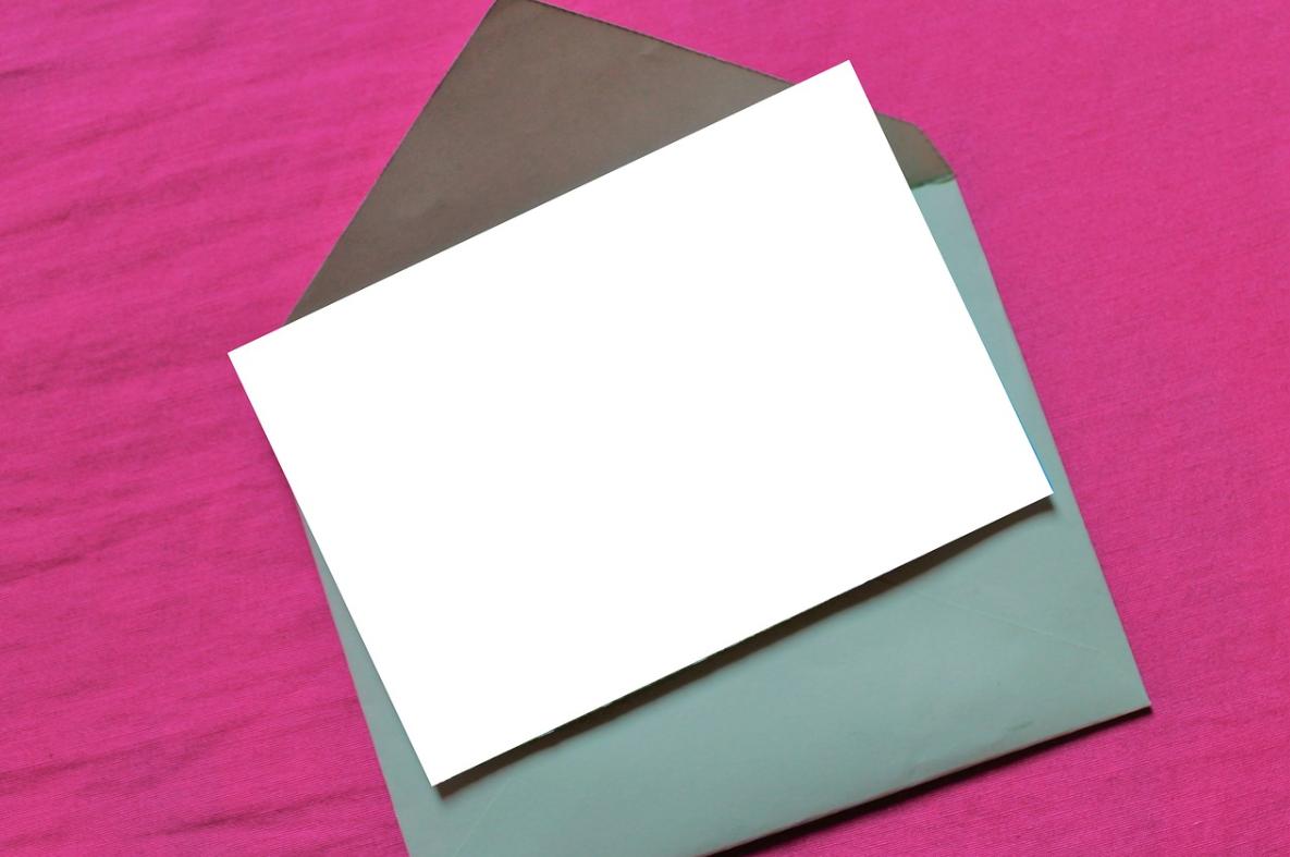 papír a obálka